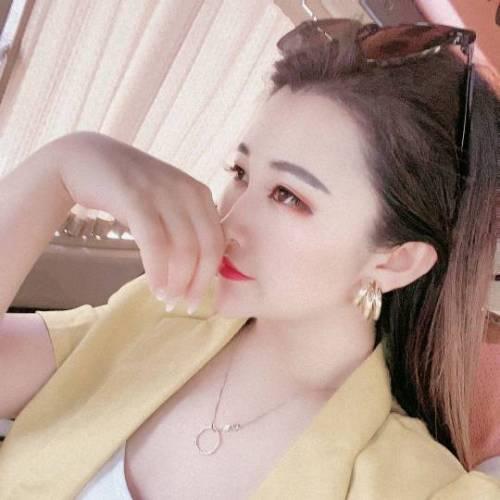 刘小宝啥也不是的美女聊天室