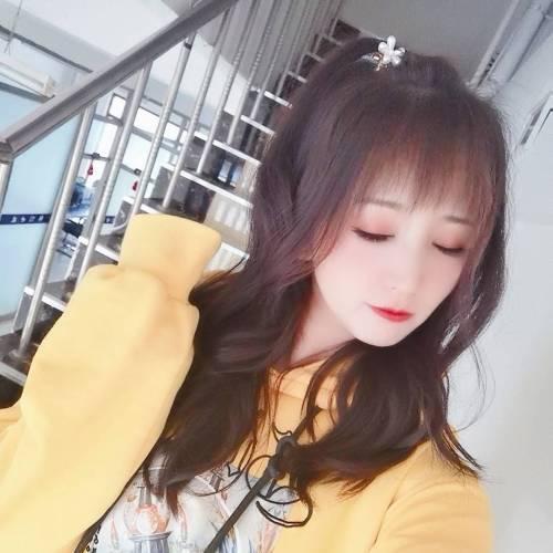 李大美,青柠6号生日快乐【师护犊子】的美女秀场